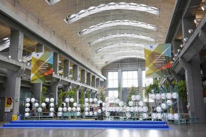 Hall principal del pabellón donde se celebró el Foro